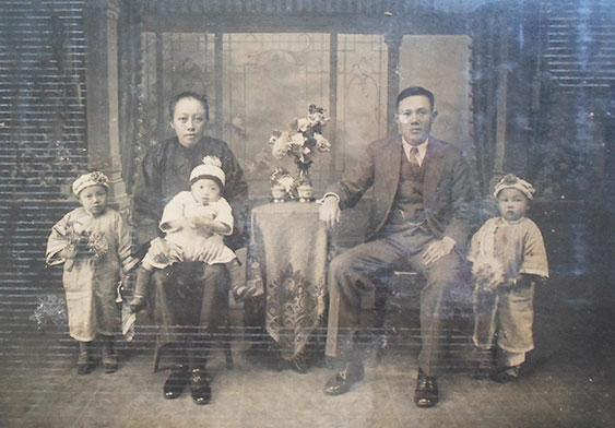 戰前的全家福